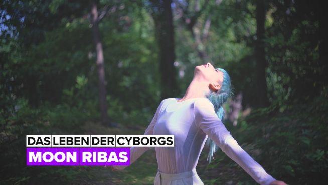 Leben der Cyborgs: Moon Ribas ist eine Avantgarde-Künstlerin & Cyborg-Aktivistin